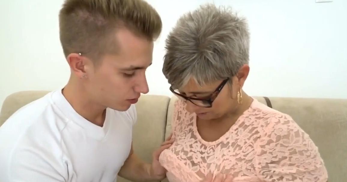 порно видео со зрелыми тетками